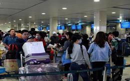Sân bay Tân Sơn Nhất: Hành khách đến trước 2 tiếng, không bịt mặt