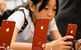 """Người dùng """"quay lưng"""", giá iPhone đồng loạt giảm mạnh tại Trung Quốc"""
