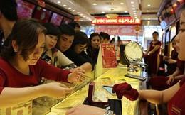 Cuối năm, người dân nên đầu tư vào vàng hay đi gửi tiết kiệm?