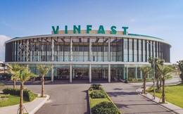 """VinFast đã """"ngốn"""" bao nhiêu tiền của Tập đoàn Vingroup?"""