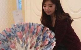 Trào lưu tặng bó hoa làm toàn từ tiền trong ngày Valentine
