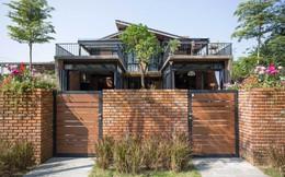 Tiền nhiều để làm gì: Muốn sống chung cả đời, hai gia đình xây biệt thự song lập ở Đà Nẵng