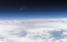 Khám phá mới: Tầng khí quyển của Trái Đất trùm lấy cả Mặt Trăng