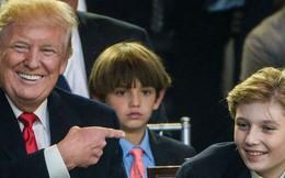 """Cuộc sống """"đi lùi để quay lại vạch đích"""" của con trai út Tổng thống Trump: Đến trường học cũng sang chảnh bậc nhất nước Mỹ"""