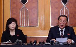 [NÓNG] Bất ngờ họp báo lúc nửa đêm, Triều Tiên khẳng định: Chỉ theo đuổi dỡ bỏ một phần cấm vận