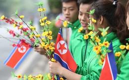 [ẢNH] Người dân Hà Nội nô nức hoan nghênh chuyến thăm của Chủ tịch Triều Tiên Kim Jong-un