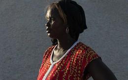 """""""Nữ hoàng muối"""" Sénégal: Người mẹ """"cứu"""" cả quốc gia bằng... muối"""