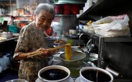 Cụ bà Singapore và những bát mỳ duy trì văn hóa ẩm thực