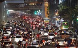 Chùm ảnh: Đây là cảnh tượng diễn ra mỗi ngày trên tuyến đường Hà Nội dự kiến cấm xe máy vào giờ cao điểm