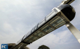 Trung Quốc ra mắt đoàn tàu trong suốt treo lơ lửng, chạy bằng pin lithium