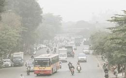 Hà Nội ngập trong màn sương mù mịt bao phủ tầm nhìn: Tình trạng ô nhiễm không khí đáng báo động!