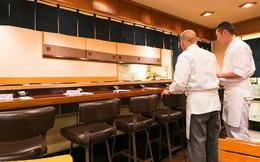 """Có những nhà hàng sushi ít chỗ ngồi nhất thế giới, khiến thực khách phải """"chiến nhau"""" khốc liệt hòng giành một suất"""
