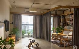 """Cuộc sống """"vừa đủ"""" của gia đình từ bỏ ngôi nhà rộng 200m² để chuyển đến căn hộ 70m² ngập tràn ánh sáng ở Sài Gòn"""