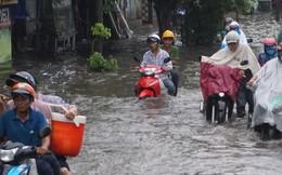 Hàng loạt tuyến đường ở TP HCM đang ngập sâu!
