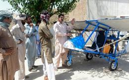 Người bán bỏng ngô Pakistan tự chế tạo máy bay riêng