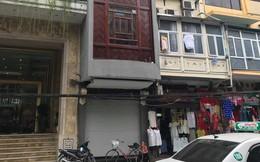 Sau hai năm đóng cửa, cửa hàng KhaiSilk tu sửa, gỡ biển hiệu