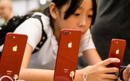 """Apple, Boeing """"chịu trận"""" vì chiến tranh thương mại"""