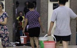 Hà Nội: Giữa đợt nắng nóng đỉnh điểm, 200 hộ dân chung cư nhốn nháo vì mất nước sinh hoạt