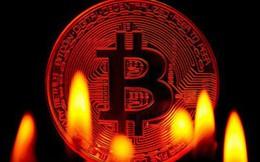 Giá Bitcoin bất ngờ sụt 1.000 USD chỉ sau 1 ngày