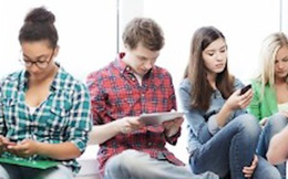 Nghiên cứu mới: Facebook và Instagram không phải là nguyên nhân chính tác động tiêu cực đến trẻ em
