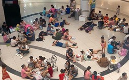 Nắng nóng 40 độ, nhiều người nằm nghỉ la liệt trong khu TTTM - hình ảnh gây tranh cãi tối Chủ nhật