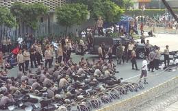 Người biểu tình đổ về thủ đô, Jakarta cảnh báo an ninh cấp độ 1