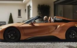 Đỉnh cao chơi khăm: CEO của Mercedes nghỉ hưu, tự do chọn xe và ông chọn BMW i8