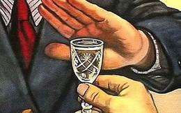 Ép buộc người khác uống rượu, bia sẽ vi phạm pháp luật