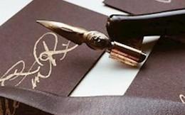 Nam sinh người Nga kiếm 1,7 triệu đồng/chữ ký từ dịch vụ sáng tạo và bán chữ ký