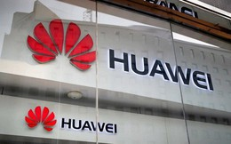"""Huawei thực sự thu hẹp sản xuất khi """"ngấm đòn"""" từ Mỹ?"""