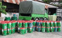 TP.HCM: Bắt giám đốc doanh nghiệp làm dầu nhớt giả