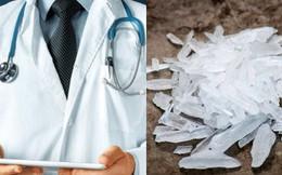 """Bác sĩ thừa nhận sử dụng ma túy đá suốt gần 1 thập kỷ để có """"động lực"""" chữa trị cho bệnh nhân"""