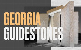Cuốn cẩm nang khổng lồ làm bằng đá granite, hướng dẫn con người phải làm gì nếu như đại họa tận thế xảy ra