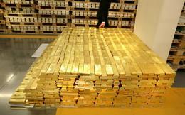 """Giải mã nguyên nhân giá vàng vọt đỉnh, Bitcoin tăng """"điên cuồng"""" lên 11000$"""