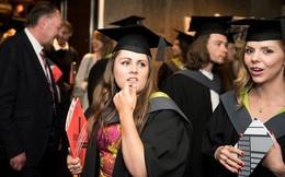 9 công việc kiếm được nhiều tiền hơn bác sĩ mà không cần bằng đại học
