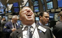 Nội dung phát biểu của chủ tịch Fed được công bố, các chỉ số lớn đồng loạt chạm đỉnh mới, S&P 500 phá vỡ mốc 3.000 điểm lần đầu tiên trong lịch sử