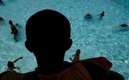 CDC cảnh báo một loài ký sinh trùng nguy hiểm trong bể bơi, không bị giết chết bởi clo