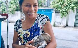 Hiếm muộn 24 năm, vợ chồng Sài Gòn gọi vịt là con, ăn ngủ cùng