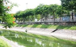 Chùm ảnh: Qua rồi thời đen đúa vẩn đục, giờ đây nước sông Tô Lịch đổi màu xanh rêu đẹp đến ngỡ ngàng