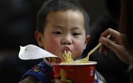 """Câu chuyện về mì ăn liền ở Trung Quốc: Vua thức ăn tiện lợi bất ngờ bị """"thất sủng"""" và sự hồi sinh mạnh mẽ khiến ai cũng kinh ngạc"""
