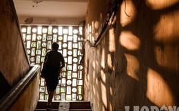 Hà Nội: Người dân bám trụ tại chung cư cũ nát đến bao giờ?