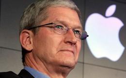 Tim Cook lo ngại Apple sẽ không đấu nổi với Samsung nếu bị áp mức thuế 10%