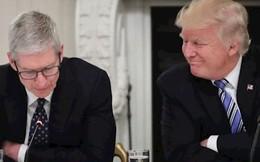 CEO Apple đã làm gì mà được ông Trump khen tận mây xanh?