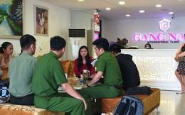 7 phụ nữ kéo đến thẩm mỹ viện ở Đà Nẵng đòi lại tiền vì... làm hoài mà không thấy đẹp
