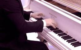 So sánh tiếng đàn piano giá chỉ 11 triệu và giá 60 tỷ xem có gì khác nhau?