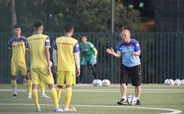HLV Park Hang Seo phân thân ở hai đội tuyển