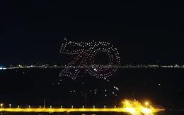 300 máy bay không người lái Trung Quốc ảo diệu trên nền trời đêm