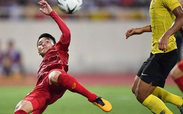 Chiêm ngưỡng siêu phẩm ngả bàn đèn khó tin của Quang Hải trong trận đấu Việt Nam vs Malaysia