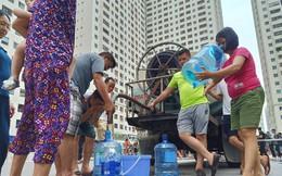Cư dân khu đô thị Linh Đàm bị tiêu chảy, bệnh ngoài da nghi do dùng nước máy nhiễm dầu