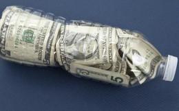 """Độc đáo """"Ngân hàng Nhựa"""" - khi nhựa được """"tái sinh"""" thành thẻ tín dụng, tài khoản tiết kiệm, sử dụng như một đồng tiền tệ thông thường"""